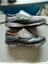 SIZE 10-1/2 ASHAM MEN'S CURLING SHOES - VERY NICE - RIGHT HAND SLIDER