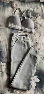 Calvin Klein Moulded Sports Bra Cross-back Grey size M and joggers Size S