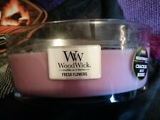 Large Woodwick Candle fresh flowers.