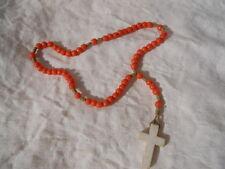 Ancien chapelet en perle d'opaline Orange  , croix blanche  , Protection