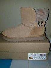 Uggs Girl Boots W Adria sz. 5 1013306 W/CHE ret$180