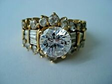 18ct  750 Gold Ring set with Cubic Zirconia - Hallmarked