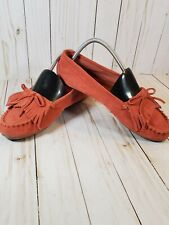 MINNETONKA LEATHER CLASSIC WOMEN'S CORAL MOCCASINS SIZE  9 LEATHER