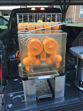 Fresh and squeeze commercial citus juicer Will Consider Any Reasonable Offer