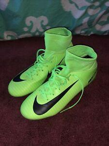 Green nike hypervenom youth soccer cleats size 4