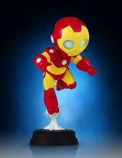 Statuette Marvel Comics - IRON MAN by Skottie Young - 14 cm Gentle Giant