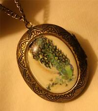 Lovely Green & Blue Feathered Peacock Cameo Brasstone Locket Pendant Necklace