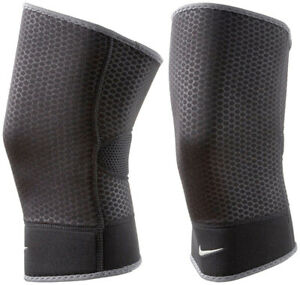 NWT Nike Closed Patella Knee Sleeve (1)