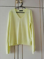 MARKS & SPENCER WOMENS YELLOW SOFT JUMPER SIZE 14 V NECK LENGTH 25 PIT TO PIT 20