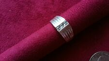 Beautiful Square Cubic Zirconia Solid Ring Real Sterling Silver *Size 7.5 *D096