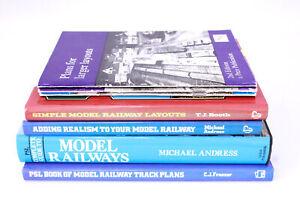 7x MODEL RAILWAY BOOKS HARDBACK AND PAPERBACK - C51