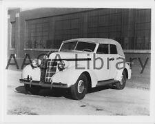1937 Pontiac Deluxe Six Convertible Sedan, Factory Photo (Ref. #68721)