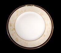 Beautiful Wedgwood Cornucopia Dinner Plate