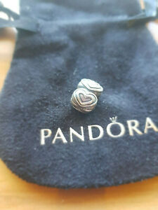 790959 Genuine Pandora Row of Hearts RETIRED silver fixed clip + bag