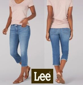 Lee® Jeans Women's Legendary Regular Fit Capri Relaxed Cropped Jeans 3/4 Ladies
