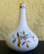 Dekorative ältere und kleine Heinrich Porzellan Vase mit floralem Design !!