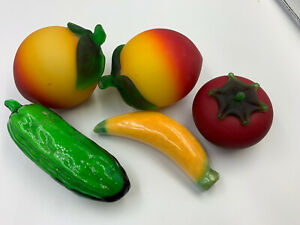 5 Piece Glass Fruit and Vegetable 2 Peach Tomato Cucumber Banana Solid