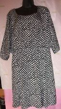 $88 STUDIO Y dress BLACK WHITE ABSTRACT HERRINGBONE XXL COLD SHOULDER LINED
