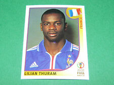 N°28 LILIAN THURAM FRANCE PANINI FOOTBALL JAPAN KOREA 2002 COUPE MONDE FIFA WC