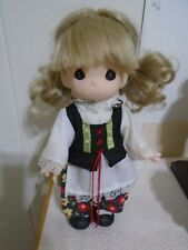 PRECIOUS MOMENTS Children Around the World DOLL - SOPHIE of POLAND