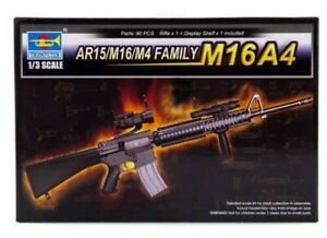 Trumpeter 01915 1:3rd scale AR15/M16/M4 Family M16A4 with display Shelf