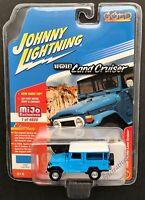 JOHNNY LIGHTNING 1980 Toyota Land Cruiser Hard Top 1:64 Light Blue