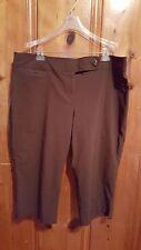 Jaclyn Smith women's plus Capri pants brown size 22 W/M stretchy