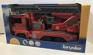 Rare All Red Bruder Light And Sound Multi-Functional Man Fire Truck Br02771 New