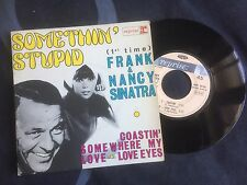Disque 45 Tours EP  45T - Frank & Nancy SINATRA - Somethin'stupid . . .