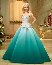 NRFB Barbie blonde NOEL HOLIDAY 2016 PHL Emeraude Collector Collection DGX98