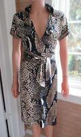 DIANE von FURSTENBERG 100% SILK python print WRAP DRESS sz 2 named AVARA