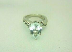 14k White Gold 4.20 carat Aquamarine and Diamond Ring 4.70 CT TW