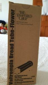 NEW PAMPERED CHEF VALTROMPIA BREAD TUBE FLOWER SHAPED,#1550,METAL,NO DEFECTS,