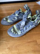 Men's la sportiva climbing shoes Size 9
