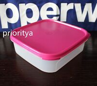 Tupperware Modular Mates Square Container #1 with Flat Seal in Pink New