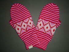 ABERCROMBIE HOLLISTER RED WHITE GLOVES MITTENS - 210