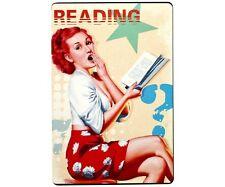 Plaque Publicitaire Vintage Métal Pin Up Reading  20 x 30 cm Neuve Atmosphera