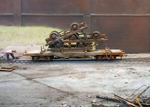 OO gauge abandoned wagon with scrap load, heavily rusted and weathered. Ref 1