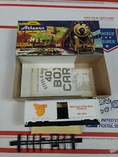 Ho Scale Athearn Banana Boat 40' Box Car Model Trains in Miniature Kit Nos