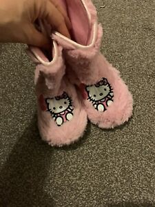 Hello Kitty Boot Slippers Girls Size 12 Pull On Ankle Slippers Fluffy Pink