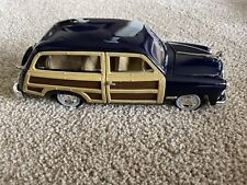 Ford Woody Wagon Diecast Model Car 1:24