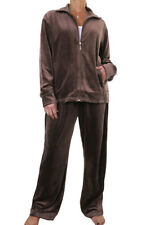Patternless Regular Size Tracksuits for Women with Pockets
