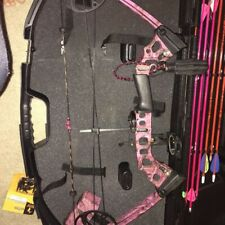 Mathews Bow right hand Mission Craze Pink Camo Never Used Over $900 Retail