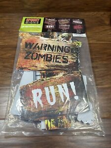 """Pack Of 3 Spooky Halloween Lawn Signs Zombies, Insane Asylum, Haunted 12""""x18.5"""""""