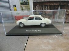 Voiture 1/43 SALVAT Autos Inolvidables : Peugeot 504 (1969) BOITE PLEXI