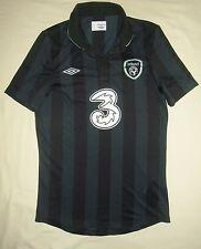 Rep of Ireland / 2013-2014 Away - UMBRO - GIRLS Shirt / Jersey. Size: XLB, 158cm