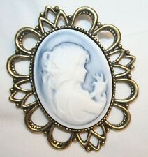 Lovely Scallop Blue White Angel Cameo Religious Brooch