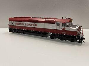 Athearn Genesis Wisconsin & Southern F45 Unpowered Locomotive