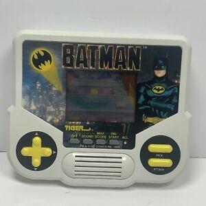Vtg 1988 Tiger Electronics Batman Handheld Game LCD fully functional.