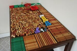 Lincoln Logs HUGE Lot 443 Pieces Roofs People Windows TONS of Different Pieces